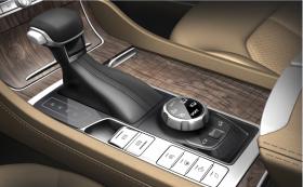 驾驶模式电子旋钮、百万豪车式宽